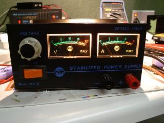 Lm317扩流电路图 实用的lm317扩流电路 Lm317并联扩流 Lm317扩流20a稳压电路 Lm317扩流完整电路图